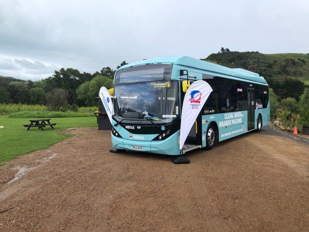 ônibus elétrico entregue em Aucklands na nova zelândia